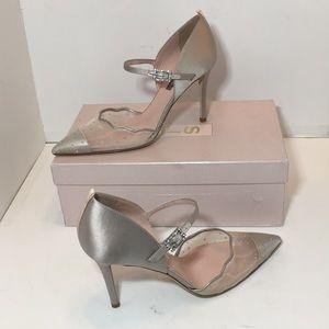 SJP Sarah Jessica Grey Wedding Heels Pumps